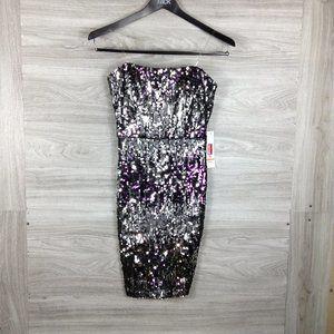 Jump Apparel Sequin Strapless Midi Dress